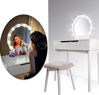 femme miroir coiffeuse meuble