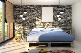 Ici une chambre aménagée avec un lit doté d'un sommier et d'un matelas treca.